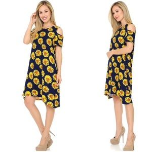 eevee Dresses - NEW! Cold Shoulder Daisy Print Shift Dress